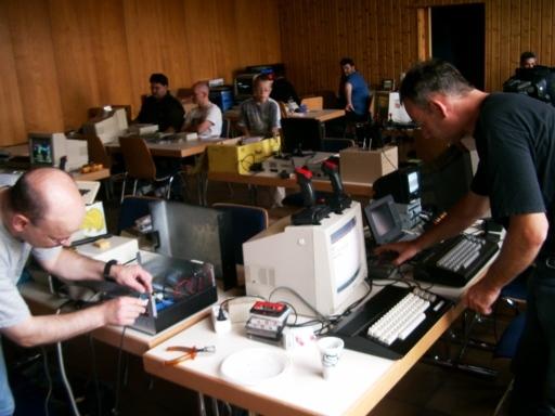 HomeCon 2009 III Reparieren und Justieren