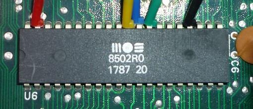 Das Herz des Commodore 128: die CPU MOS 8502