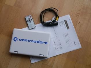 Ein Netbook von Commodore (ausgepackt)